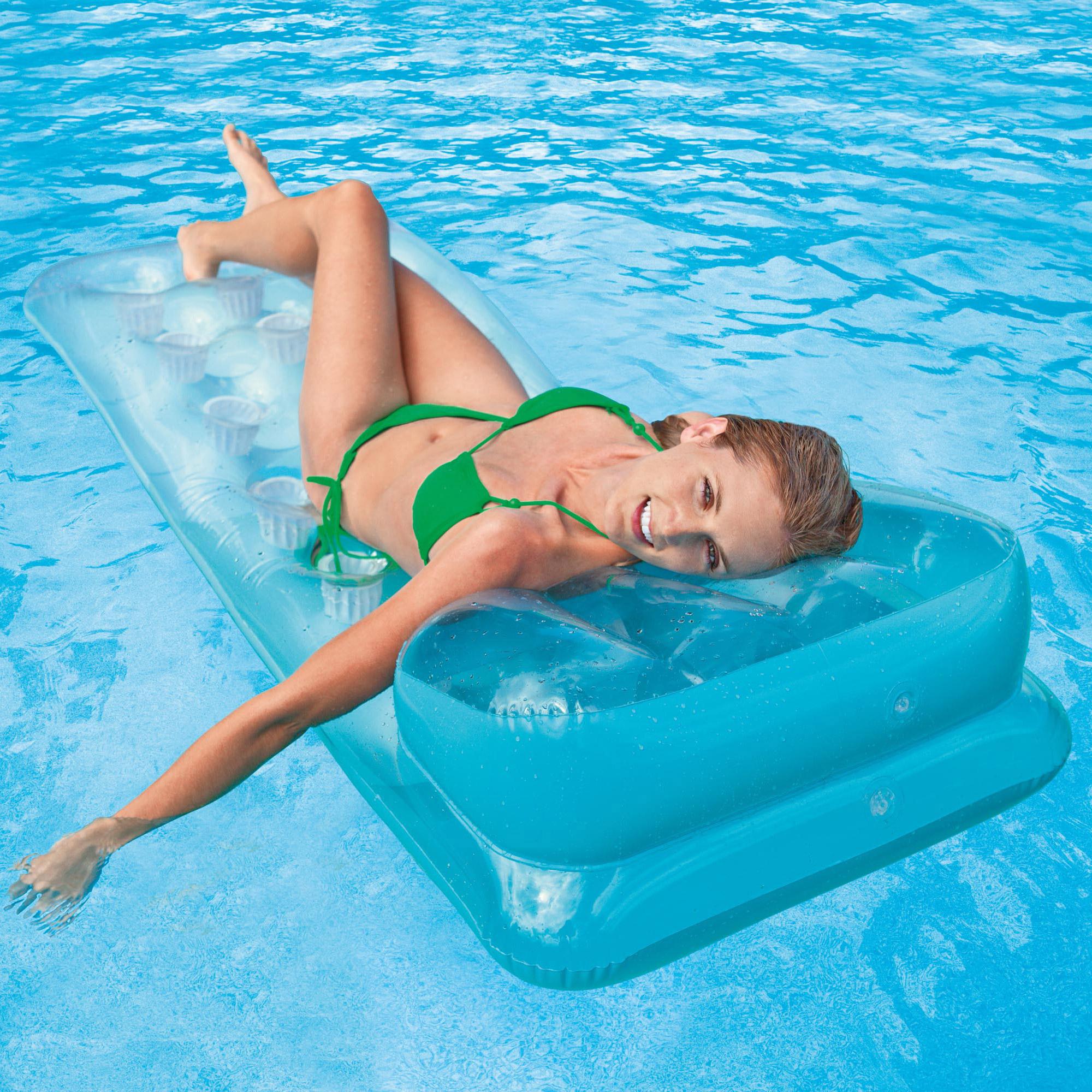 Poolmaster french pocket matt with yellow mattresses splash super center for Intex swim centre family lounge pool cover