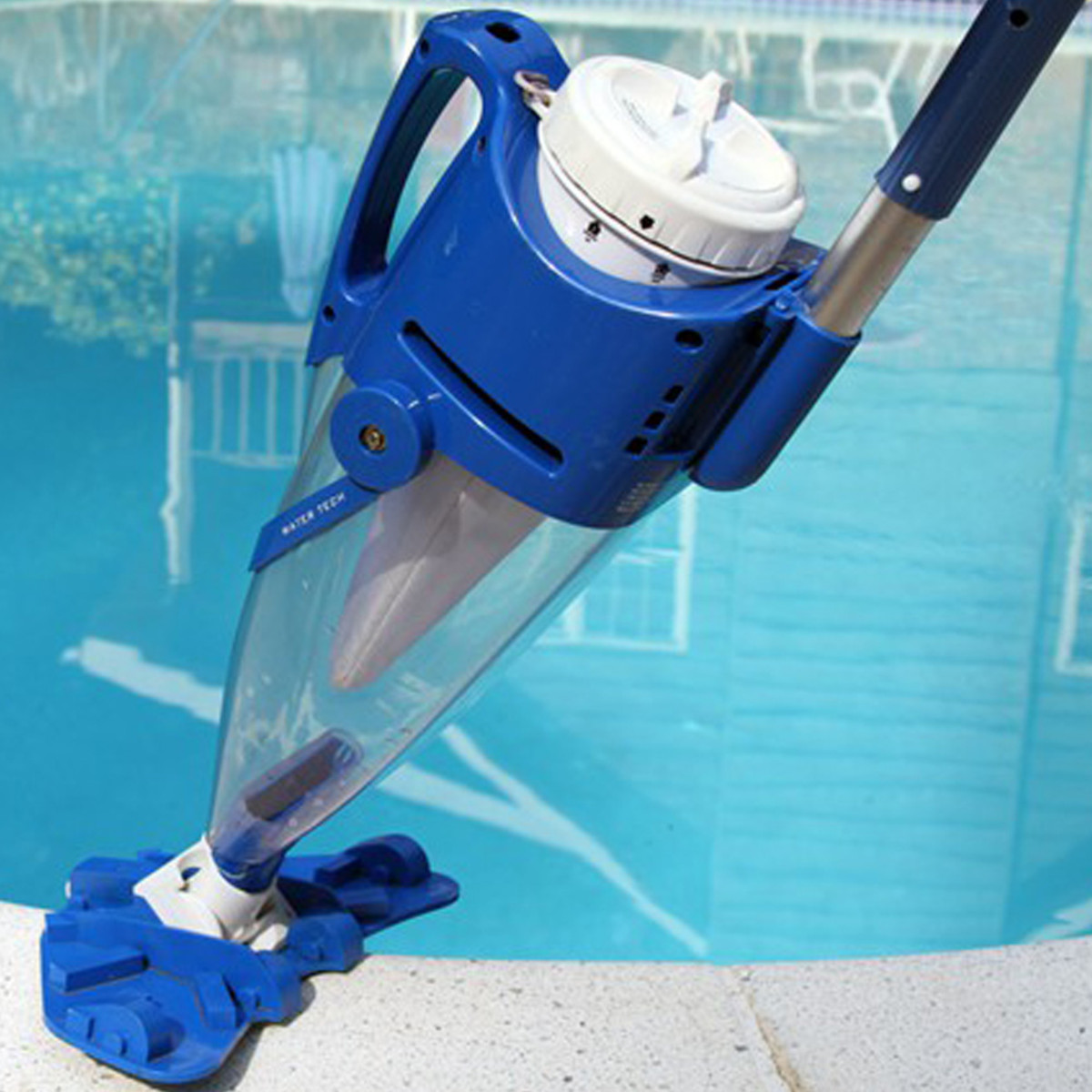 Water Tech Pool Blaster Centennial With Pole Battery